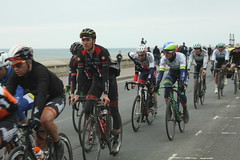 IMG_7535 (Steve Dawson.) Tags: uk england bike race canon eos is 1st yorkshire may tdy scarborough usm roads ef28135mm seafront uci peloton 2016 f3556 50d ef28135mmf3556isusm canoneos50d tourdeyorkshire