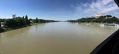 Amazing View | Bratislava (Michael Reisenhofer) Tags: sky 6 sun castle apple water river wasser himmel sonne bratislava burg donau iphone pressburg