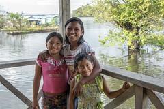 _TEF5068 (Edson Grandisoli. Natureza e mais...) Tags: escola menina jovem amaznia nativa ribeirinha cabocla regionorte
