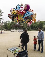 le marchand de ballons (jemazzia) Tags: outside enfant parc jeu exterieur