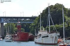 Port-muse de Douarmenez ( 29 ) (Monde-Auto Passion Photos) Tags: douarmenez france bretagne finistre bateau boat port muse rouge scarweather notre dame rocamadour