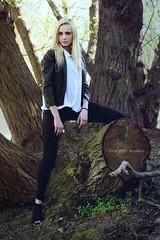 Ottavia D. L. (vince_enzo) Tags: parco fashion canon torino 50mm model woods blonde albero tronco ramo muschio stile pelle eso bosco giacca 600d tumblr