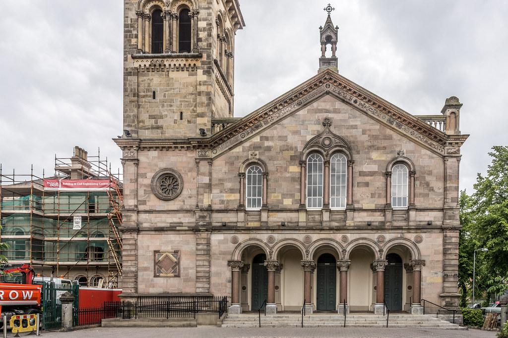 ELMWOOD HALL [ORIGINALLY A PRESBYTERIAN CHURCH] REF-102880