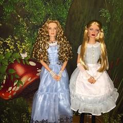 image (Szielo) Tags: cat tim doll cheshire alice disney wonderland limitededition disneystore burton disneymovies disneydolls kingsleigh