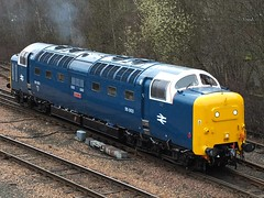 Racehorse Departs Perth. (Kingfisher 24) Tags: scotland perth meld deltic 55003
