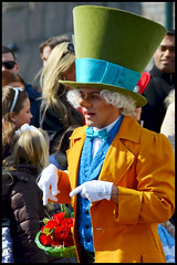 Mad Hatter (ramonawings) Tags: park party italy horse paris france goofy garden cheval cow duck spring alice disneyland mary disney donald daisy mad dee wdw marypoppins wonderland pinocchio donaldduck printemps madhatter vache tweedledee tweedledum horace aliceinwonderland hatter disneylandparis geppetto dlp tdl tweedle dum loveisintheair gepetto saison poppins springfever daisyduck danseur ramoneur swingintospring bienvenuealabellesaison goofysgardenparty clerabelle