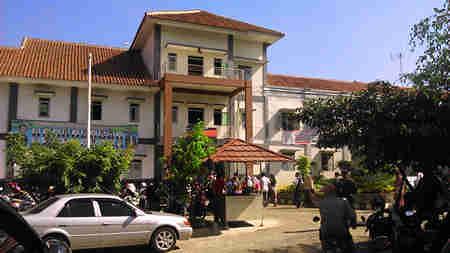 Bogor Center School
