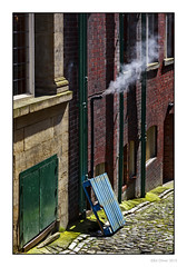 Down The Side (Seven_Wishes) Tags: newcastleupontynenortheast newcastle highlevel sidestreet drainpipes cobbles steam smoke green blue red sandston redbrick moss pallet lowkey canoneos5dmark3 canonef24105mmf4lis alley backalley edoliver 7wishes 7wishesphotography kc 2015 views2k