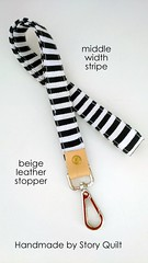middle width black and white stripes leather landyard (STORY QUILT) Tags: blackandwhite leather key holder lanyard idholder fashionlanyard