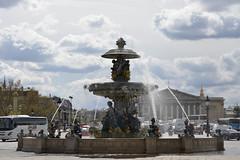 2016.04.14.040 PARIS - Place de la Concorde, fontaine des mers (alainmichot93) Tags: paris france statue seine architecture nikon ledefrance nuages fontaine placedelaconcorde jetdeau 2016