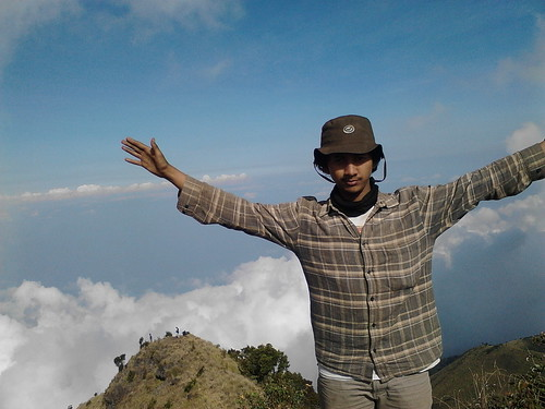 "Pengembaraan Sakuntala ank 26 Merbabu & Merapi 2014 • <a style=""font-size:0.8em;"" href=""http://www.flickr.com/photos/24767572@N00/27129693256/"" target=""_blank"">View on Flickr</a>"