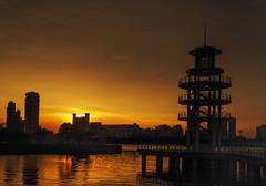 Former Watch Tower (elenaleong) Tags: sunset silhouettes oldwatchtower tgrhu kallangreservoir formerwatchtower conservedstructure