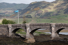 Eilean Donan Castle (Ian_Boys) Tags: castle scotland fuji fujifilm eilean donan dornie 2016 xt1 50140mm