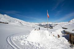 Fast fertig (Joachim S.) Tags: winter switzerland frühstück iglu gams graubünden grisons fideris gamshüttle