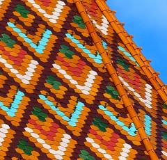 Buda - Chiesa di Mattia, Mtys Templom - Dettaglio del tetto, Detail of the roof (Silvana *_*) Tags: roof winter red orange verde green colors hungary tetto budapest tiles inverno rosso colori buda pest arancione ungheria magyarorszg tegole mtystemplom 2015