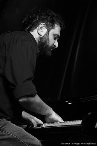 Villy Paraskevopoulis: piano