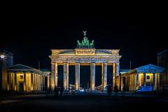 Berlin Brandenburger Tor (bastianlui) Tags: berlin deutschland nacht tor brandenburger nachtaufnahme