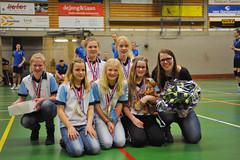 2015 apr. Mini N5.1, kampioen; Tr. Lieuwkje de Groot. Vlnr Hieke Hulzebosch, Lieke Martens, Amy-Lynn Zweers, Tess Stroeve, Isa Reefman, Elise vd Veen