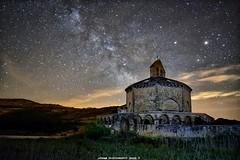 Va Lctea, Iglesia Santa Maria de Eunate (Navarra) (JoseMi Campos) Tags: naturaleza nikon paisaje estrellas nocturna fotografia navarra largaexposicion eunate vialactea nikond5300