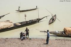 BARQUES AL PORT DE MOPTI (Mali, agost de 2009) (perfectdayjosep) Tags: mopti mali perfectdayjosep afrique frica africa riunger nigerriver ronger