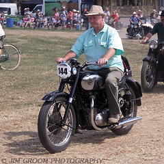 jgroom_ode715_welland_27july2014_1c (Jim Groom) Tags: welland classicmotorcycle bsa vintagemotorcycle classicmotorbike steamrally 2014 vintagerally vintagevehiclerally jimgroom vintagemotorbike birminghamsmallarms birminghamsmallarmscompany wellandsteamrally bsaa7 wellandsteamandcountryrally rossonwyesteamenginesociety ode715