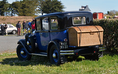 CITROEN C4 G 1931 10CV (claude 22) Tags: citroen c4 g 1931 10cv calandreclubdarmor véhicules anciens tregor claude22 cars voitures fahrzeuge automobili claudelacourarie