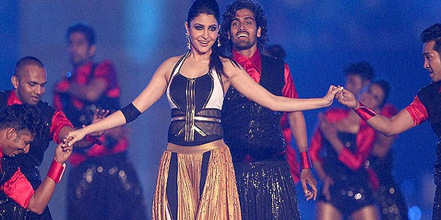 Dancing Bollywood Stars at the opening ceremony IPL-8