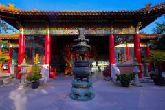 International Buddhist Temple (jbilohaku) Tags: canada vancouver temple bc buddha buddhist richmond yvr buda templo canad budista kanado