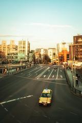 Jaune Azur (www.danbouteiller.com) Tags: road city sky urban car japan canon eos japanese tokyo taxi voiture route ciel harajuku 5d canon5d japon ville japonais 14mm samyang 5d2 5dmk2 samyang14mm
