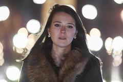 Mlodie (PLF Photographie) Tags: light portrait paris girl night model bokeh lumire concorde nuit modle