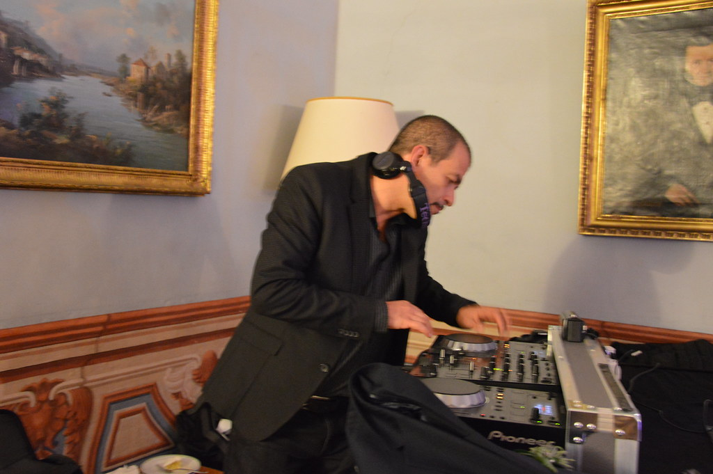 Dj Matrimonio Toscana : The world s most recently posted photos of anni and