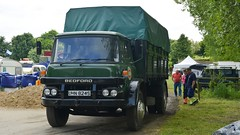 UHN 824S (panmanstan) Tags: truck wagon bedford yorkshire transport lorry commercial vehicle littleweighton