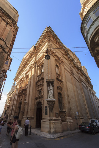 carmelite church valletta malta