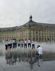 Et hop ! (Daniel Biays) Tags: miroirdeau placedelabourse bordeaux photographe