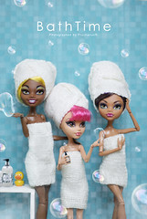 BathTime :: Clawdia, Howleen, Clawdeen (PruchanunR.) Tags: monster high wolf doll mattel clawdia howleen clawdeen monsterhigh