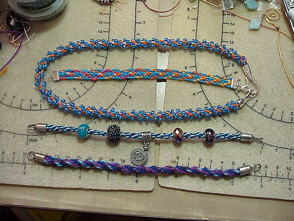 Michaels is not currently scheduling beading classes, so sorry to say! If that changes, I will let you know. Thank you for your interest!