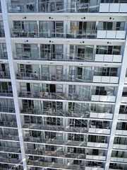 "Notre immeuble à Auckland <a style=""margin-left:10px; font-size:0.8em;"" href=""http://www.flickr.com/photos/83080376@N03/16835821618/"" target=""_blank"">@flickr</a>"