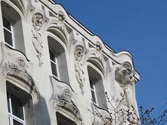 Ancien caf-concert L'Alcazar (1902) - Rue Saint-Laud, Angers (49) (Yvette Gauthier) Tags: sculpture architecture artnouveau 49 angers maineetloire bellepoque lalcazar cafconcert louisandr mauricelegendre gastonrchin