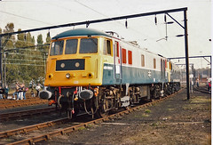 84009 Crewe Electric (British Rail 1980s and 1990s) Tags: britishrail br class84 adb968021 968021 84009 creweelectric train rail railway depot tmd loco locomotive electric 90s 1990s openday nineties livery trains lmr londonmidlandregion liveried shed ac traction railways
