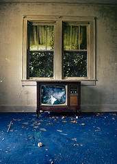 The Family Room (Dr_Fu_Manchu) Tags: blue house abandoned home window television carpet tv nikon farm kentucky urbandecay country tube picture d750 louisville nikkor derelict abandonment ruraldecay decaying urbanexploring louisvillekentucky brokentv 24120mm urbanexplore johnjmillerphotography