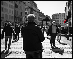 don't walk II (Lukas_R.) Tags: street leica travel cruise people costa france marseille traffic 28mm stop q pacifica f17 typ116