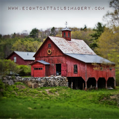New Hampshire Barn (eightcattailsimagery) Tags: barn red newengland newhampshire sprng
