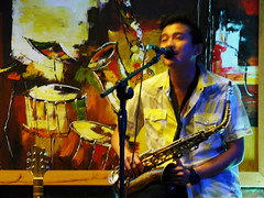 All that jazz (Roving I) Tags: music drums singing paintings vietnam entertainment nightlife artworks danang musicalinstruments venues saxophones vocalists saxophonists acousticguitars
