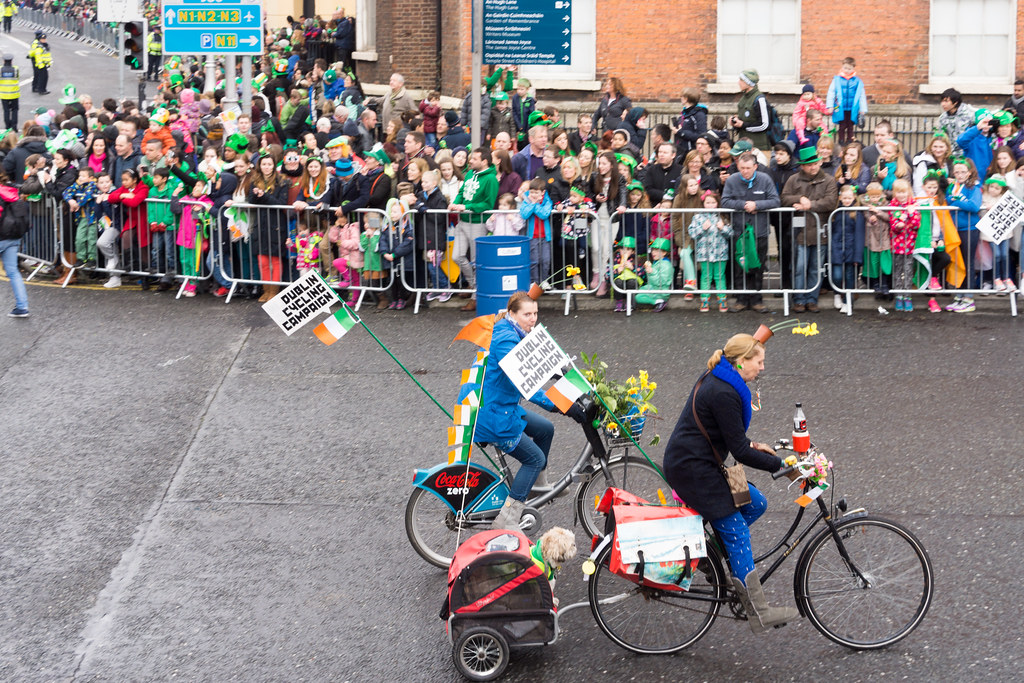 DUBLIN CYCLING CAMPAIGN - ST. PATRICK'S PARADE 2015 IN DUBLIN REF-102363