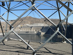 026-02 USA, Washington, Grand Coulee Dam Structure & Power Distribution (Aristotle13) Tags: powerlines wa grandcoulee washingtonstate 2007 usavacation