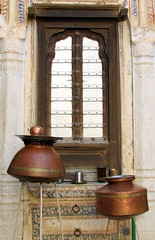 india (gerben more) Tags: india window arch pot pots pillars rajasthan shekawati
