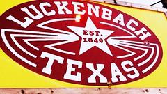 Free range Danbo travels to Luckenbach Texas (karmenbizet73) Tags: art toys photography flickr texas toystory eyespy luchenbach danbo itsasign travelingman 119365 danboard danbolove toysunderthebed 2015365photos freerangedanbo
