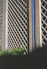 Noisy-le-Grand 1 (maxlabor) Tags: paris france film mediumformat ledefrance iso400 fujifilm 6x9 brutalism postmodernism banlieue ricardobofill postmodernisme postmodernarchitecture seinesaintdenis marnelavalle noisylegrand brutalistarchitecture fujicolorpro400h rgionparisienne parissuburbs portedeparis analoguephotography parisrer fujigw690 espacesdabraxas complexeimmobilier