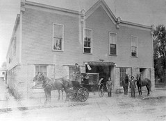 P-5-F-137 (neenahhistoricalsociety) Tags: horses downtown merry buggies streetscenes cramer