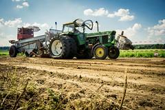 Traktorpulling Gr. Thondorf (N.Naumburger) Tags: traktor outdoor sommer sony wolken alpha sonne pulling freunde kraft acker trecker niedersachsen a6000 alpha6000 nielsnaumburgerphotography grthondorf